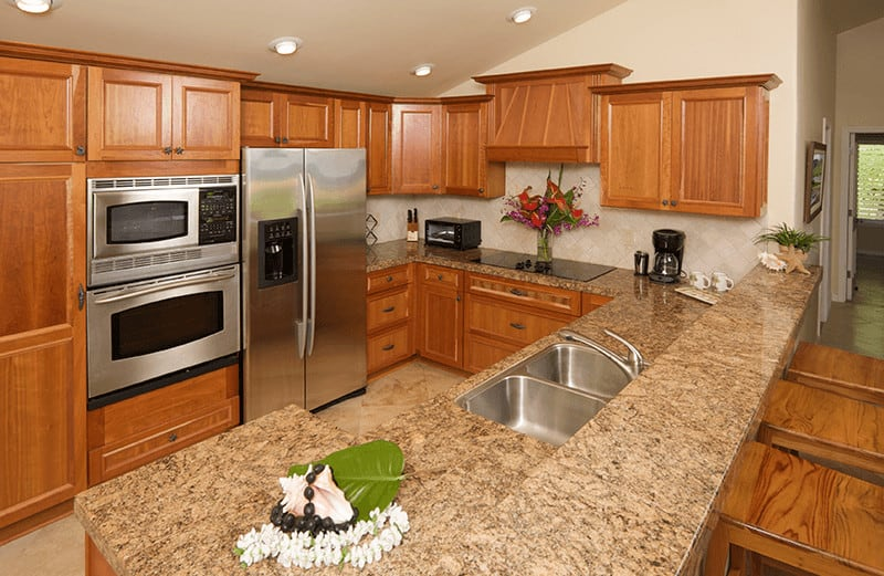 Schedule your cleaning with Suburban Solutions and here is how your kitchen will look like after we are done with it