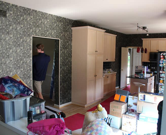 Our team in the action before moving day