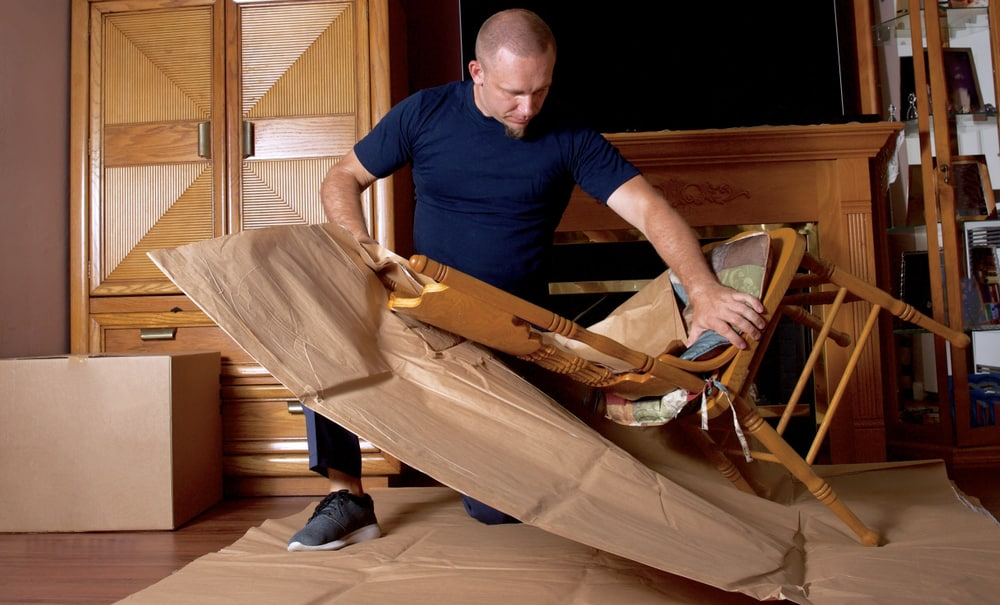 Mover wrapping chair for a move